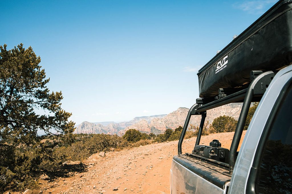 Choosing the Right Roof Rack for Your Vehicle and Rooftop Tent
